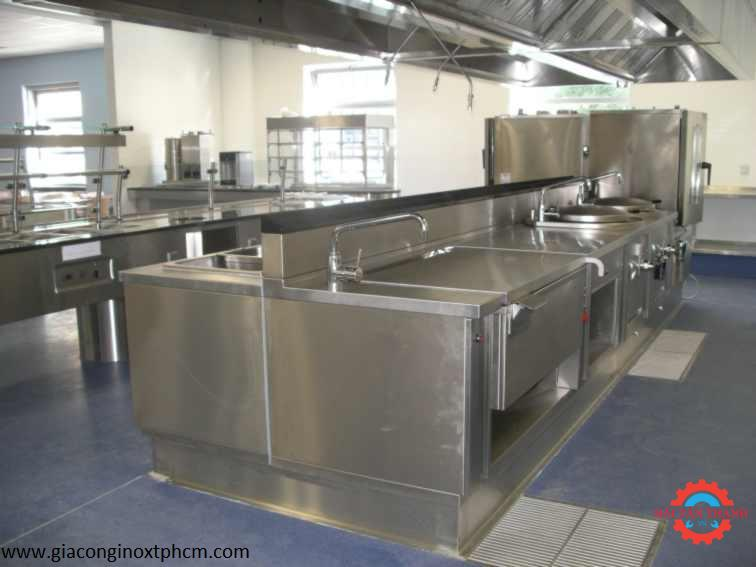 Nhận gia công inox theo yêu cầu chuyên nghiệp tại Tân Bình
